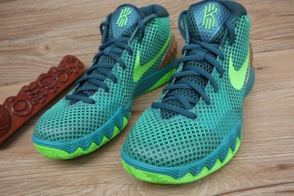 a7345bf410f6 Basketball   Kicks On Court   Nike ...