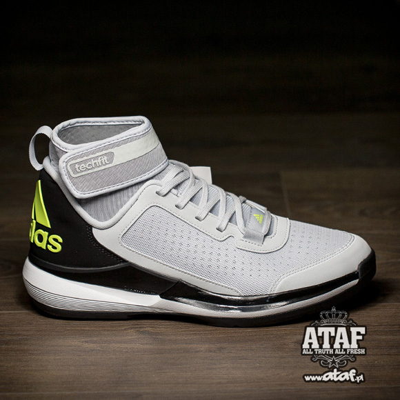 separation shoes 9d808 1a8b2 adidas Dual Threat BB is Slowly Hitting Retailers Now 1 - We