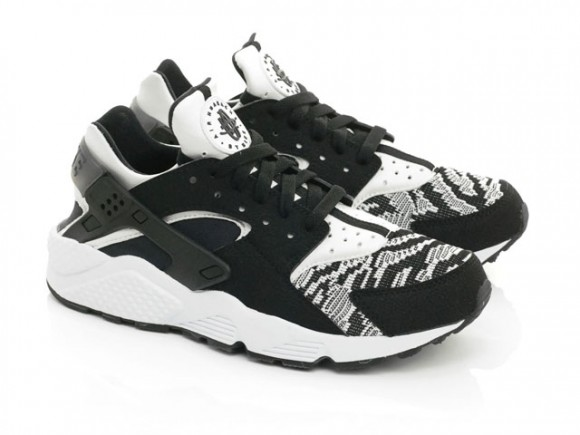 wholesale dealer 228e4 fed3f ... ireland the nike air huarache gets a new knitted look 50580 f5836