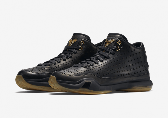 e02e6428ad73 Nike Kobe 10 Mid EXT  Black Gum  - Official Look - WearTesters