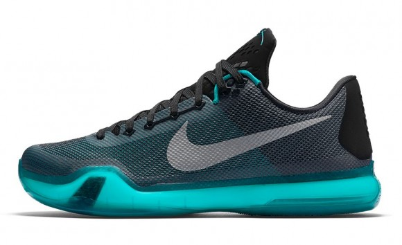 This Colorway of the Nike Kobe X is Inspired by the Mamba's Favorite Football Team-3