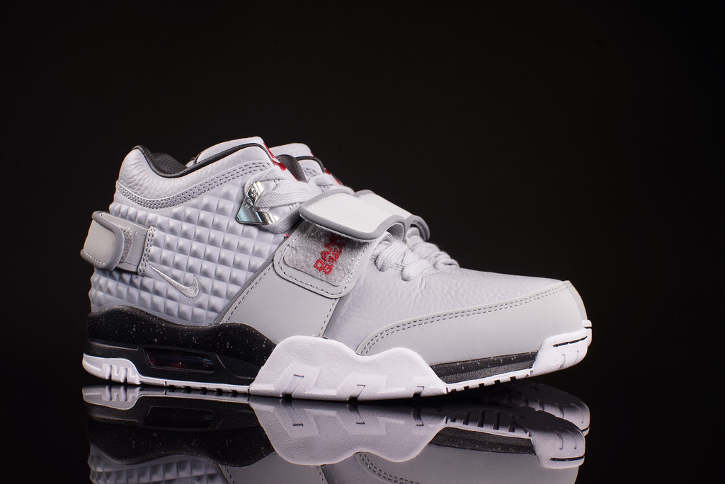 new product 8ddf5 7562d Check Out the Nike Air Trainer Cruz in this  Wolf Grey  Colorway-3