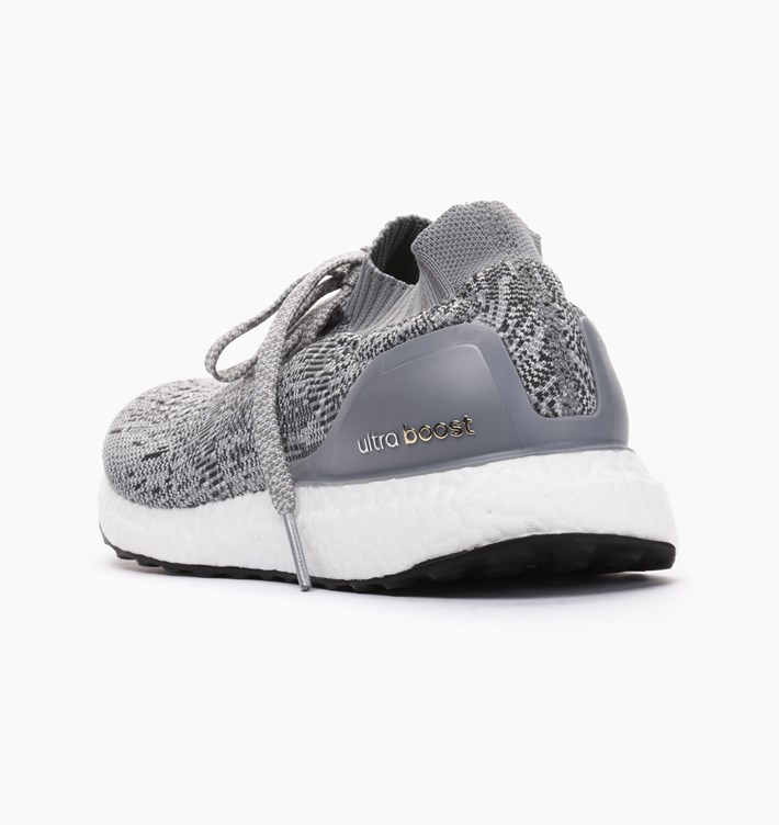 hot sale online 5e700 096ca adidas-performance-ultra-boost-uncaged-bb3898-grey-clear-grey (2)
