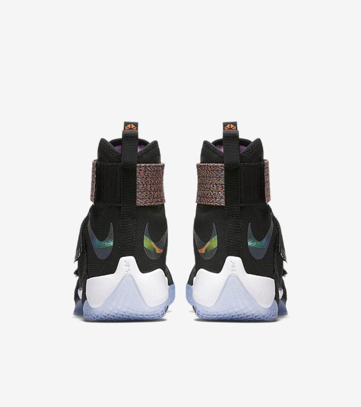 Nike LeBron Soldier 10 'Unlimited' heel