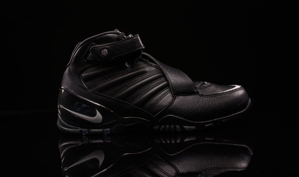 save off 9c1d4 cdd34 The Nike Zoom Vick III Arrives in  Triple Black  - WearTesters