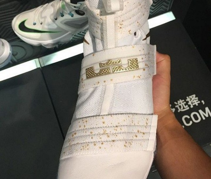 2214c76523ce A White Gold Nike LeBron Soldier 10 is Spotted - WearTesters