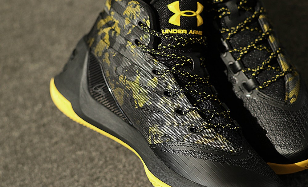 cdcc3bec6925 Get Up Close and Personal with the Under Armour Curry 3 Black Taxi ...