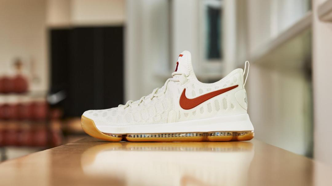 buy online 3b7b6 41f44 Nike Zoom KD 9  Texas  - WearTesters