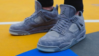 The Kaws x Air Jordan 4 Will Release Online 3288c658a