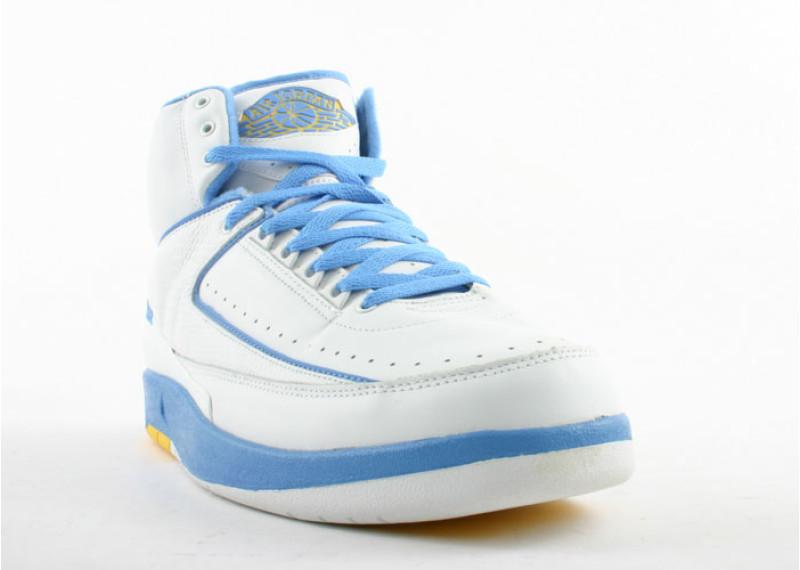 5d53ff74e15 air-jordan-2-retro-carmelo-white-carolina-blue-varsity-maize 2 ...