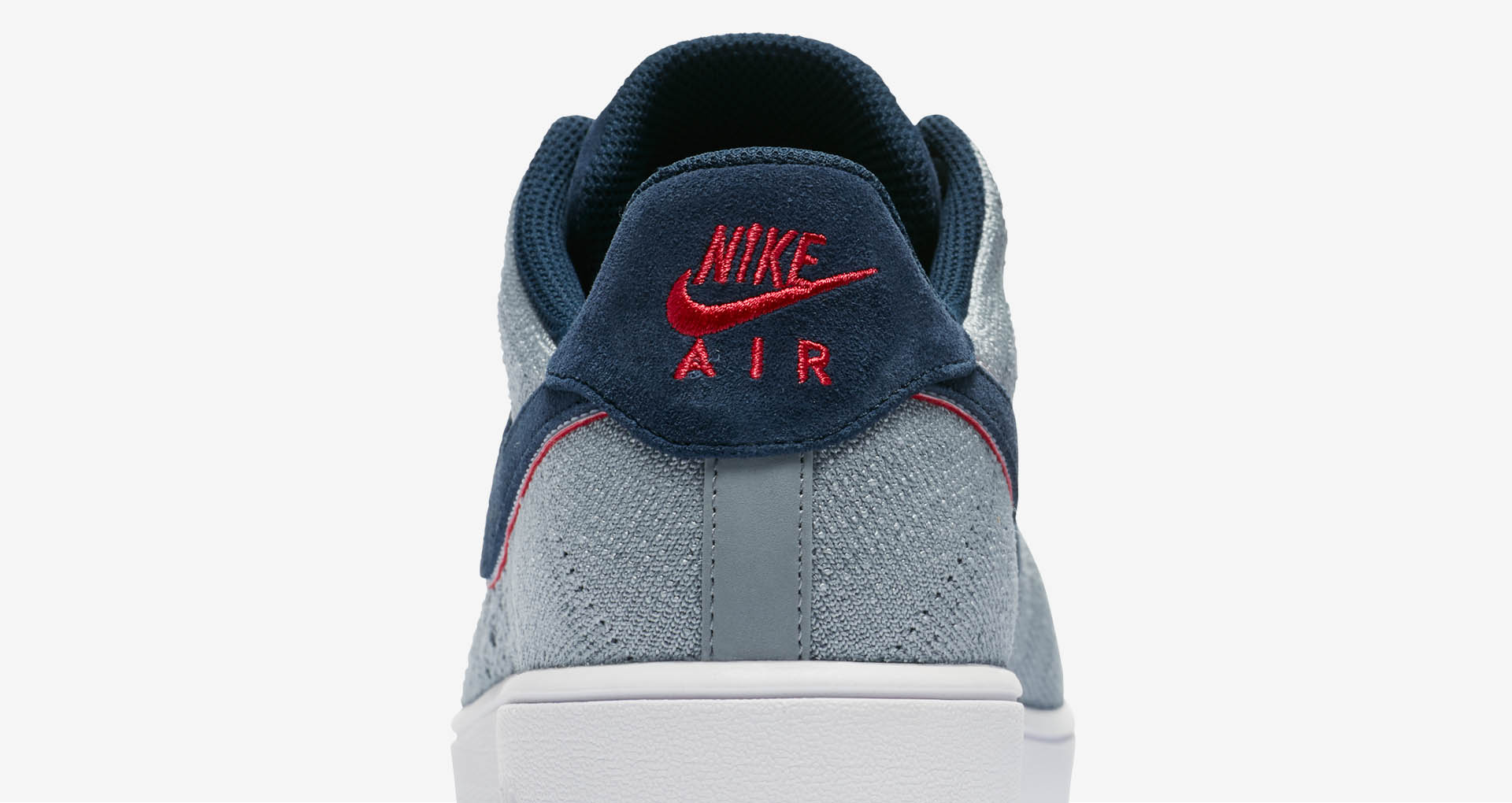 sports shoes e164d 4f9da The Patriots Get Their Own Colorway of the Air Force 1 Ultra Flyknit Low-10