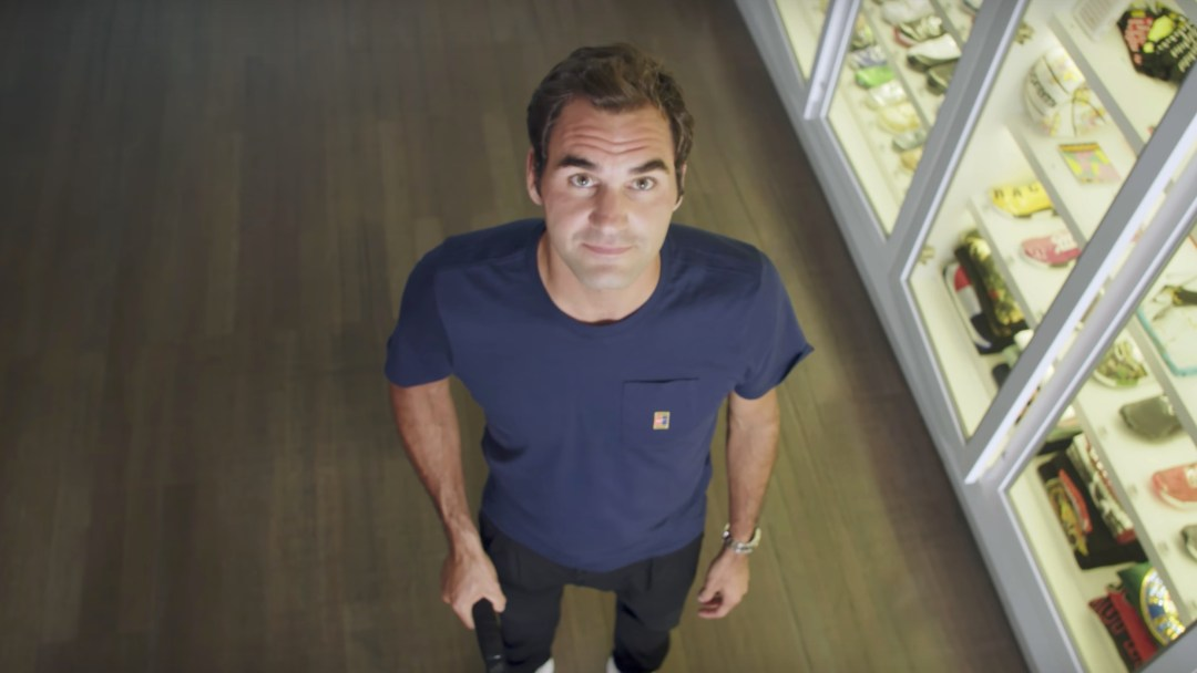 5f0410a838006 Roger Federer Goes Sneaker Shopping with Complex - WearTesters