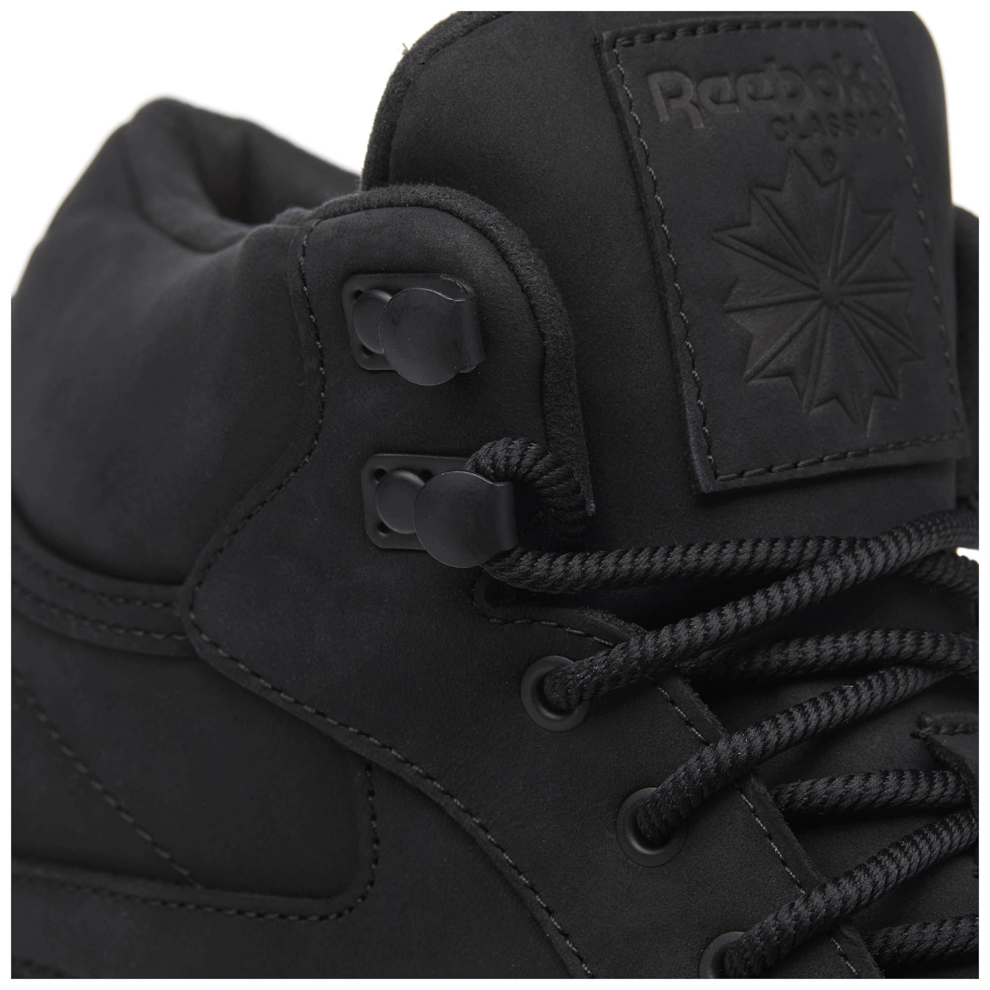 ad704619c2f6 The Classic Reebok Mid And Gore Is With Ready Tex Winter Leather TRRqrx5w