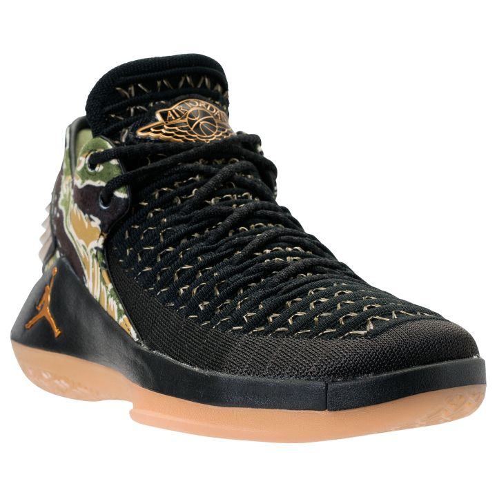 9ec4fc24d055 Would you like to see this colorway in men s sizing  Let us know in the  comment section below. air jordan 32 low camo 1