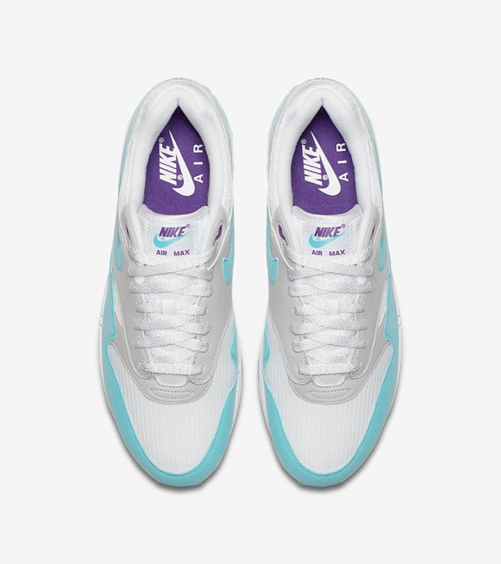 e3dc00fbfa According to Sneaker News, the Nike Air Max 1 Anniversary 'Aqua' will  release Stateside on January 26, 2018. The shoe will release in Europe on  December 14 ...