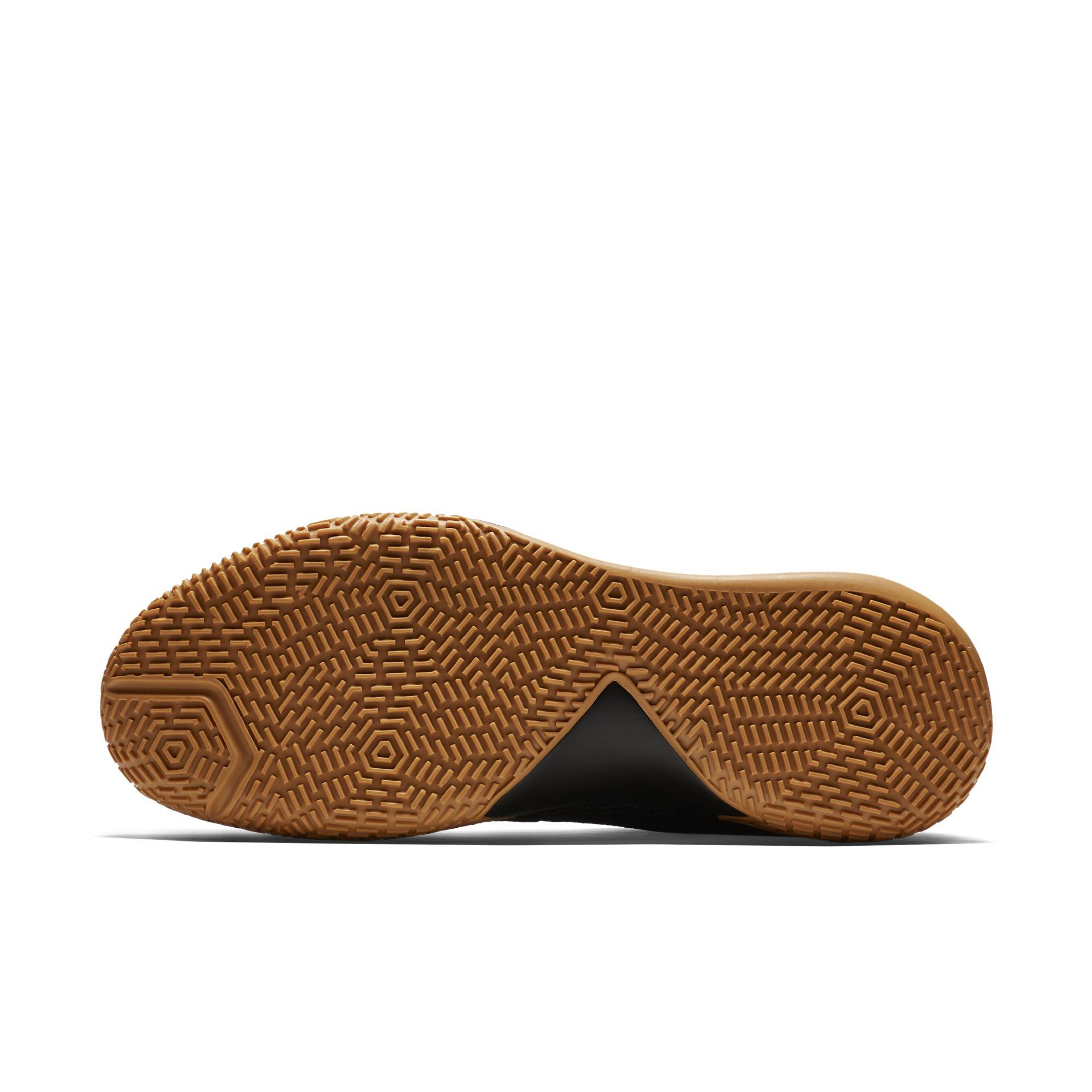 ab822e9f8c13 Nike-Zoom-Live-2-Black-Gum-5 - WearTesters