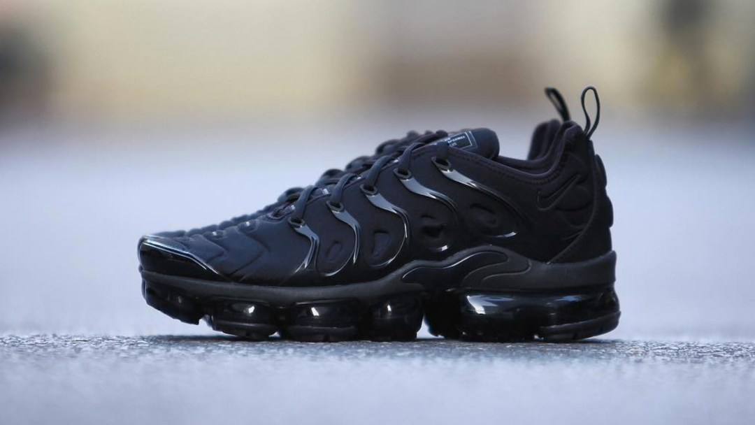 266e0c6a7b80c Here s a Detailed Look at the Nike Air VaporMax Plus  Triple Black ...