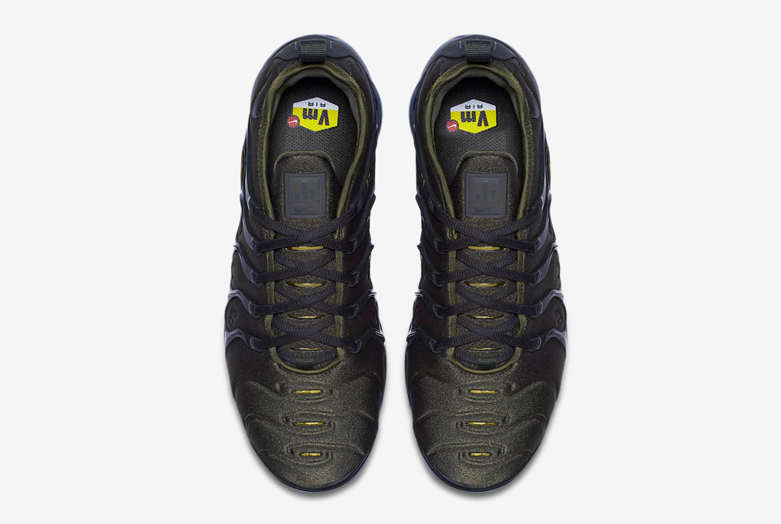 bac32a0805c nike air vapormax plus olive 4 - WearTesters