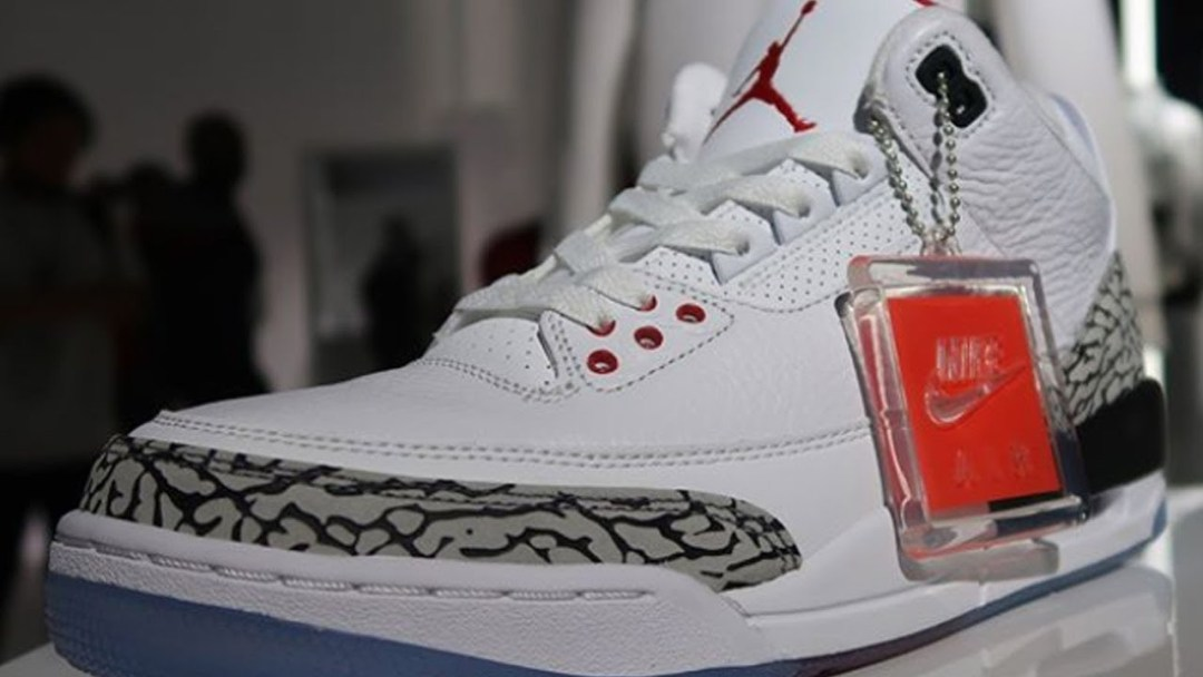 45b806c91bfe A Detailed Look at the Air Jordan 3  Free Throw Line  - WearTesters
