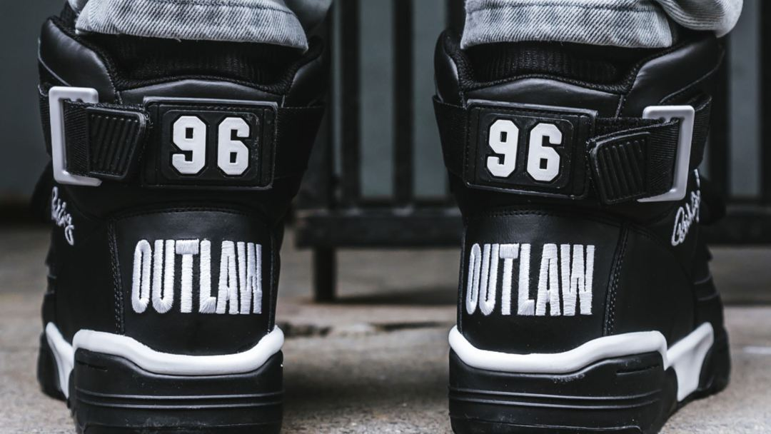 0266508629c9 Legendary Rap Group The Outlawz Links with Ewing for 33 Hi - WearTesters
