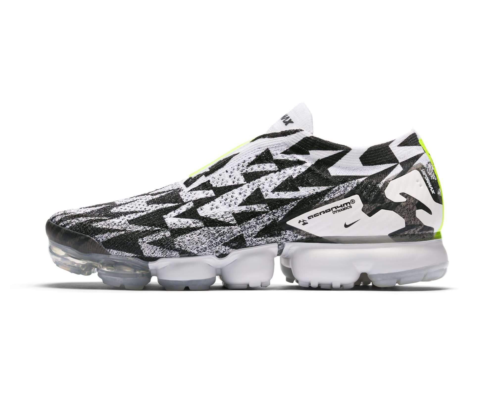 128f4ac908 Official Images of the ACRONYM x Nike Air VaporMax Flyknit Moc 2 ...