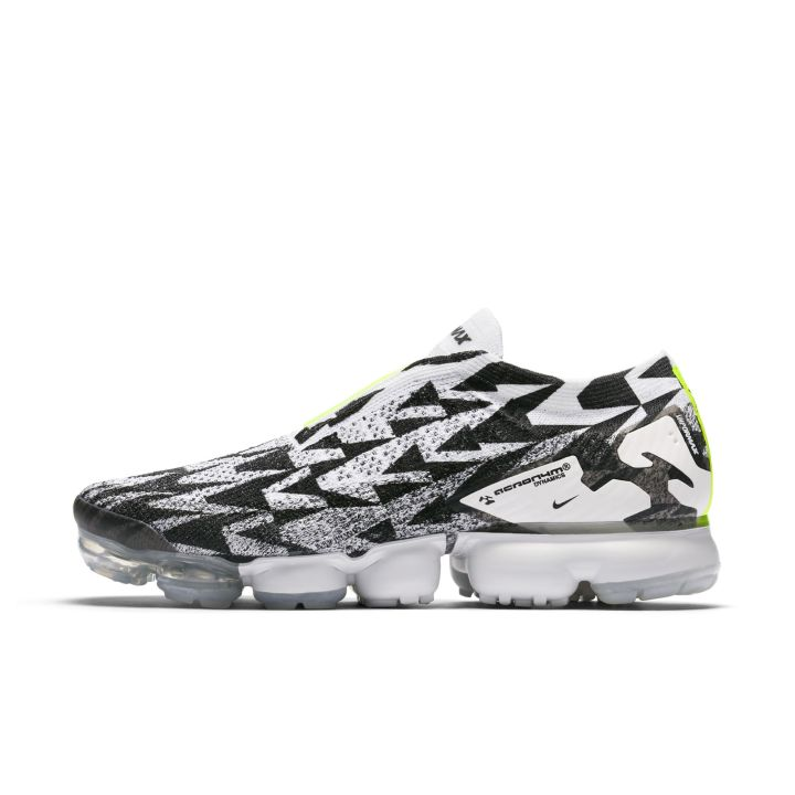 a0417eaf0b44e Official Images of the ACRONYM x Nike Air VaporMax Flyknit Moc 2 Surface