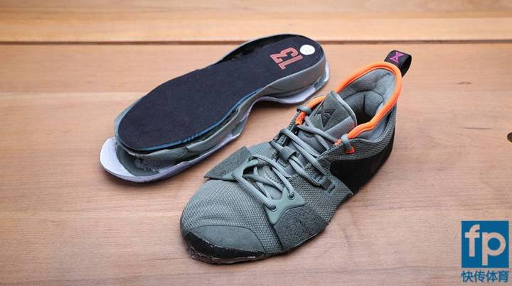 626d48c8f11 ... to see how padded the interior of the shoe is