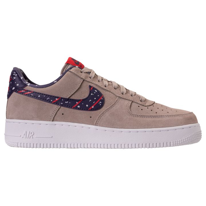 54ed4e511d92 Let us know what you think of this moon landing-inspired Air Force 1