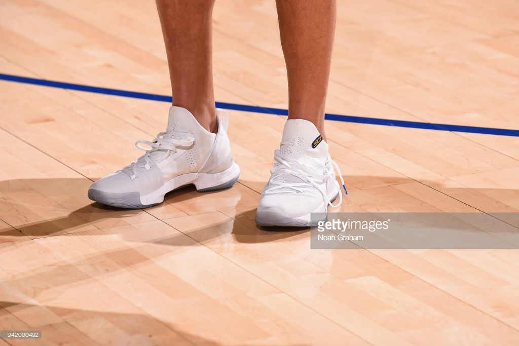 c98a380ff917 stephen curry 5 white 1 - WearTesters
