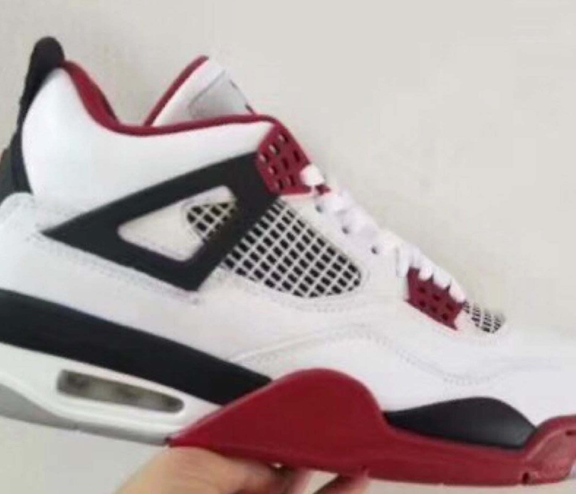 First Look at the Air Jordan 4 'Fire Red' for 2019 ... - photo #46