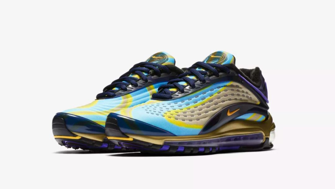 The Women s Nike Air Max Deluxe Release Date is Right Around the ... 4a54691741