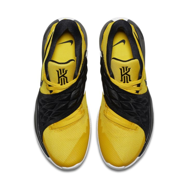 nike kyrie low amarillo top