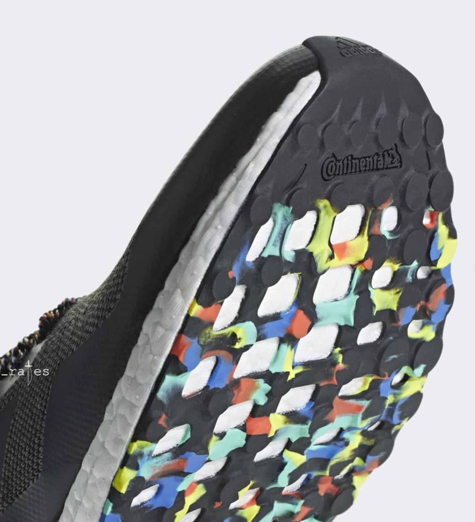 7495e7be9c589 adidas ultra boost mid multicolor black outsole - WearTesters