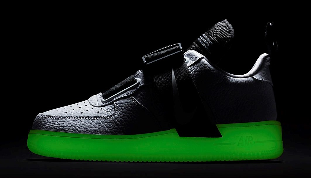 superior quality 7dada f7669 nike air force 1 utility QS glow in the dark