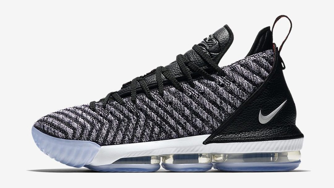 wholesale dealer 1d975 6af26 First Look At The Nike LeBron 16 Oreo