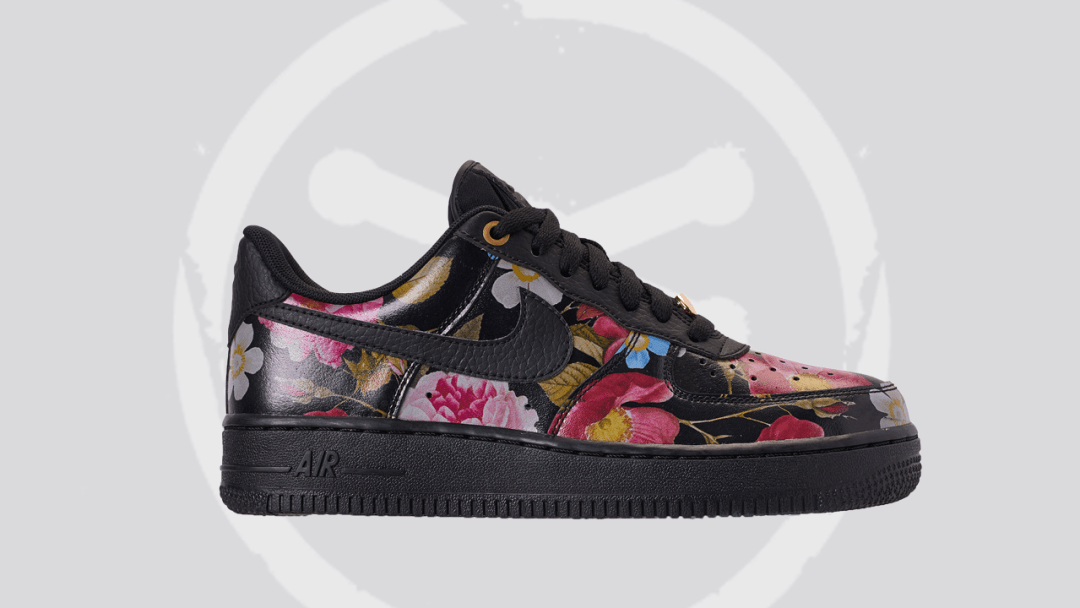official photos b1c78 dbe2b This Nike Air Force 1 07 LXX is for the Women - WearTesters