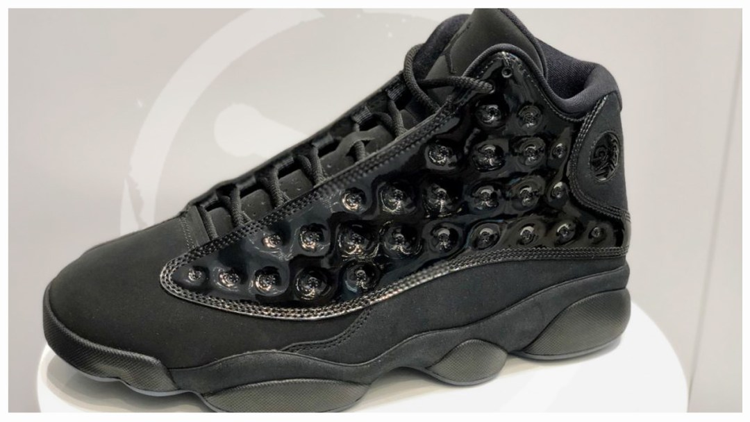 reputable site d0f8d b52c3 A Detailed Look at the Air Jordan 13  Cap  n Gown  - WearTesters