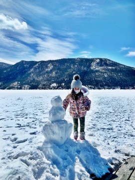 We may not have actually built this snowman, but we sure had fun posing with him!