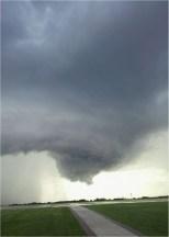 tornado-599805_960_720