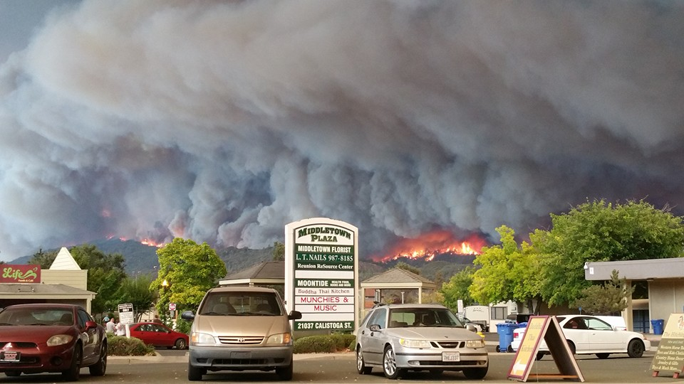 Apocalyptic pyrocumulus cloud associated with Valley Fire as firestorm approached Middletown, CA. (Source unknown. Please let me know if known!)