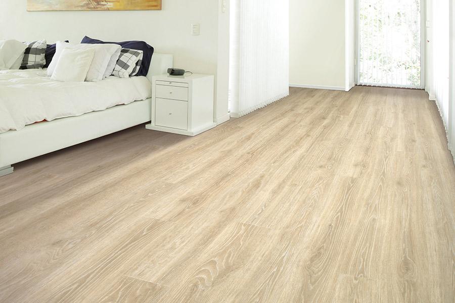 How Long Does Laminate Flooring Last? | Weaver Carpets ...