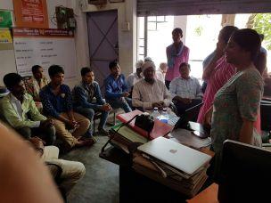 Weaver training session in progress in Ramnagar with Weavesmart Team
