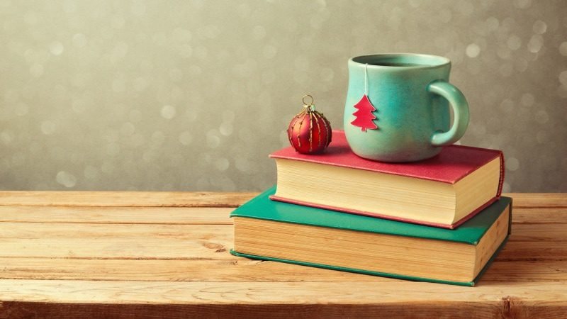 5 Ways to Promote Your Book During the Holidays and Boost Sales