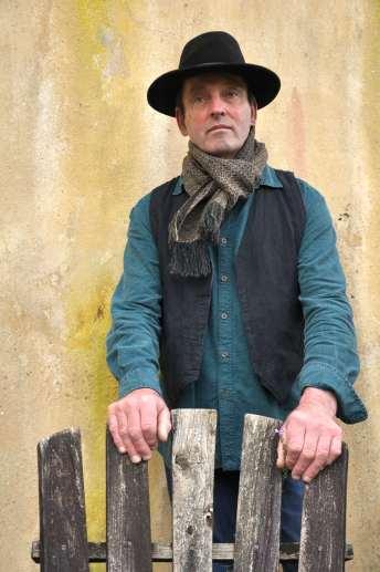 Chris crofter castle scarf