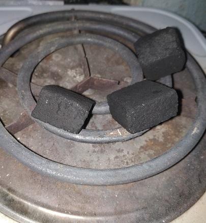 как разжечь уголь для кальяна на электрической печи