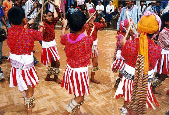 Bastoners del nepal, per Manel Carrera (Festes.org)