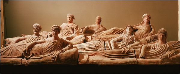 The New yorker notes H. was right about the etruscans.