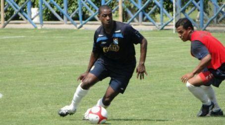 Villarreal nunca dio fuego (foto:sportingcristal.org).