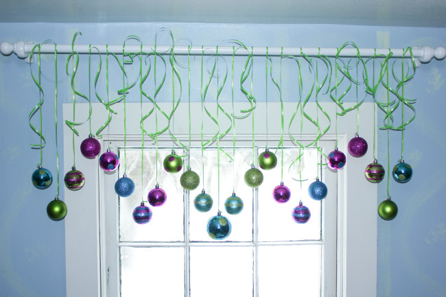 Christmas Ornament Valance