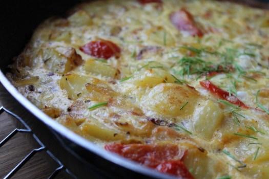opsktift økologisk frittata med kartoffle og tomat